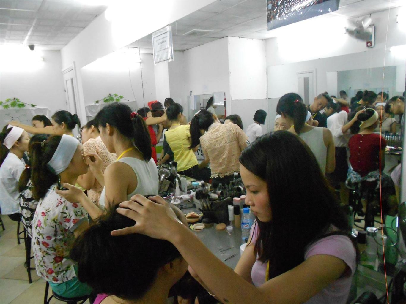 Lớp Make Tại Học viện Đào tạo Hand Việt