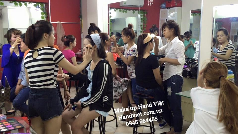Lớp make up Hand Việt (2)