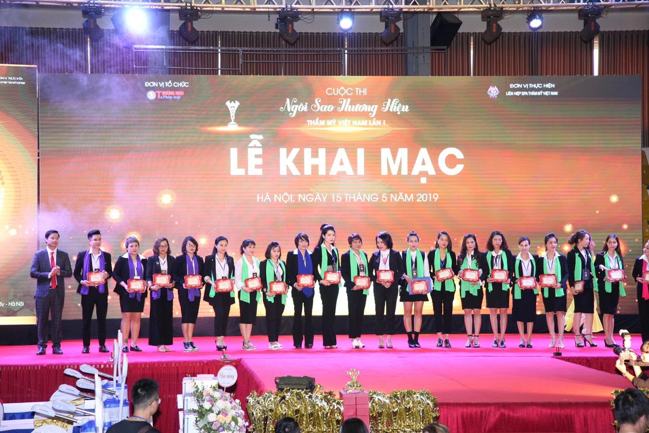 Lễ khai mạc cuộc thi Tay nghề Tìm kiếm Ngôi sao Thương hiệu Thẩm mỹ Việt Nam